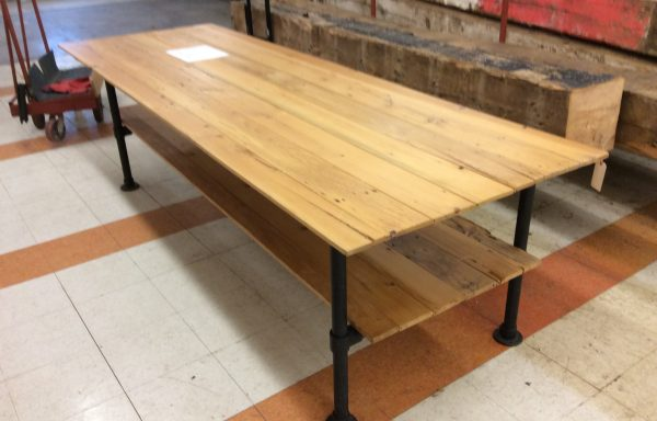 Pipe frame Table