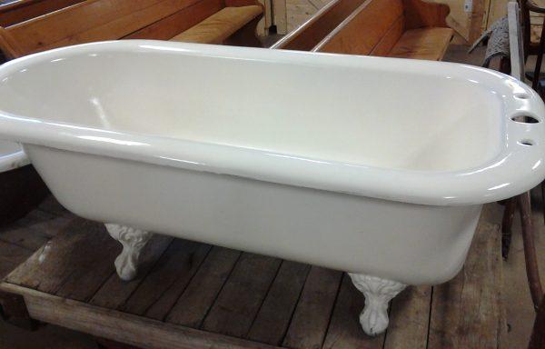 5′ 8″ Clawfoot Tub $834.95