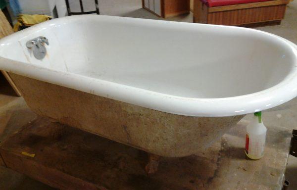 5′ Clawfoot Tub