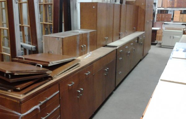 Solid 3/4″ plywood cabinet set